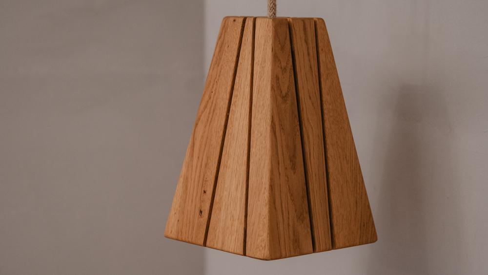 Tischlerei HolzWerk - feine moebel - Lampe Lambert Detail