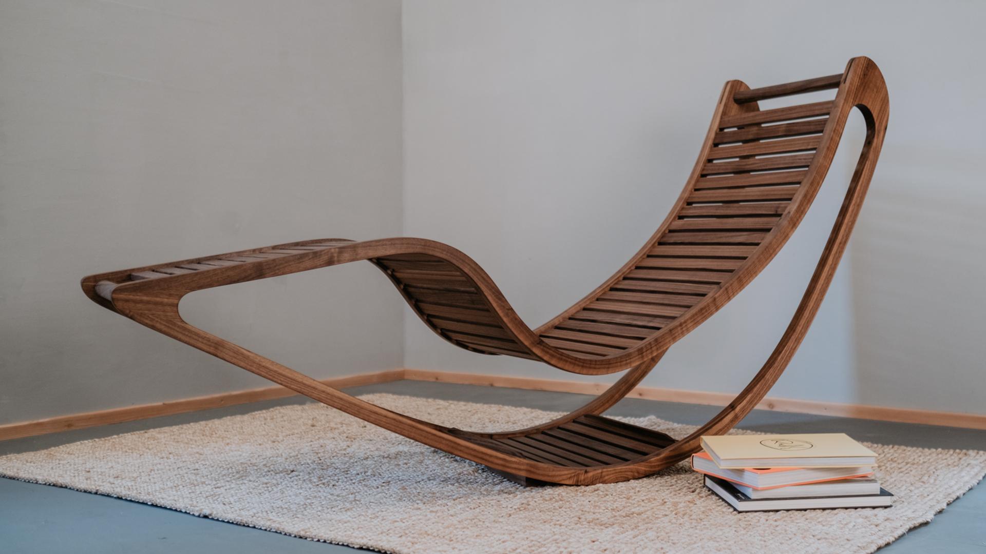 Tischlerei HolzWerk - feine moebel - Chairbert Entspannungsliege Nussbaum Komplett