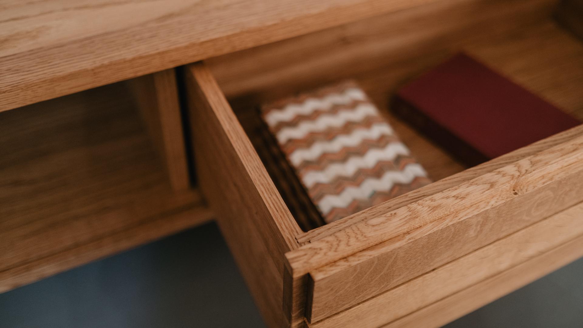 Tischlerei HolzWerk - feine moebel - Sideboard Schublade