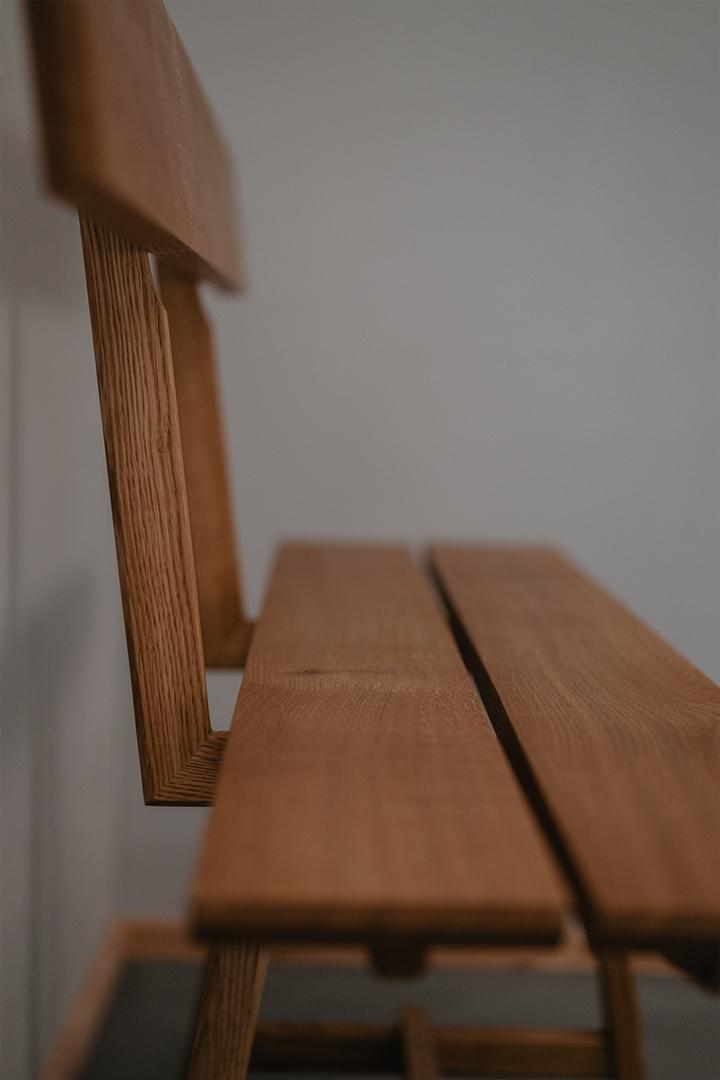Tischlerei HolzWerk - feine moebel - Sitzbank Seitenansicht